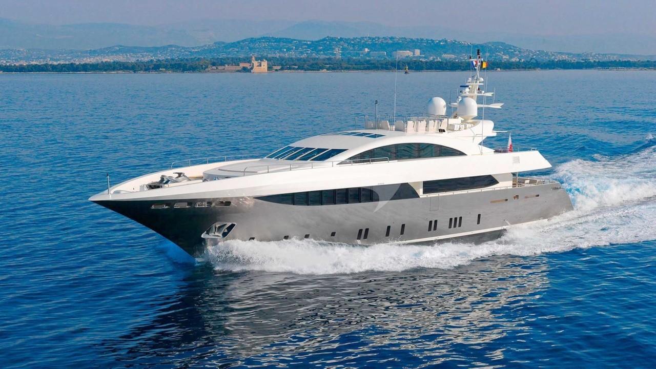 Yacht SIERRA ROMEO