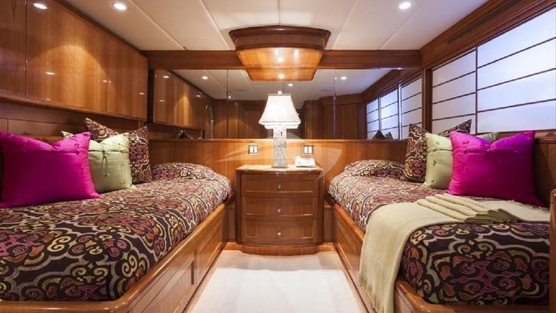 Twin Cabin