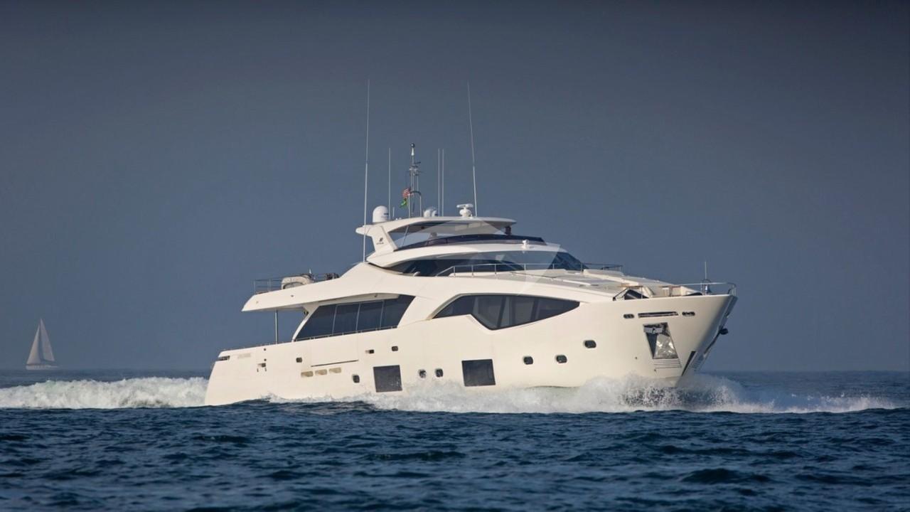 Yacht ALANDREA